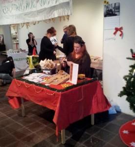 Vårt bord på rättvise-julmarknaden i Norrköping