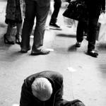 Fattigdomsdebatten handlar om givarna ej om de utsatta